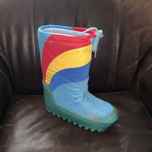 Shoes - Vintage Rainbow Moon Snow Boots